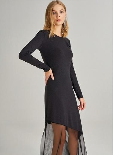 Monamoda Eteği Tül Detaylı Örme Elbise Siyah